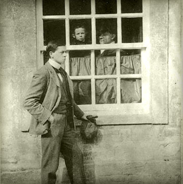 William Nicholson and James Pryde at Chaucer's House, 1899